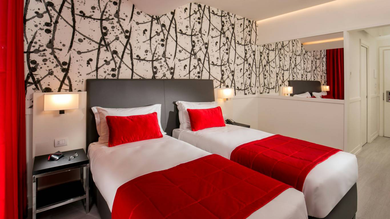 American-Palace-Hotel-Rome-twin-double-room-IMG-9030