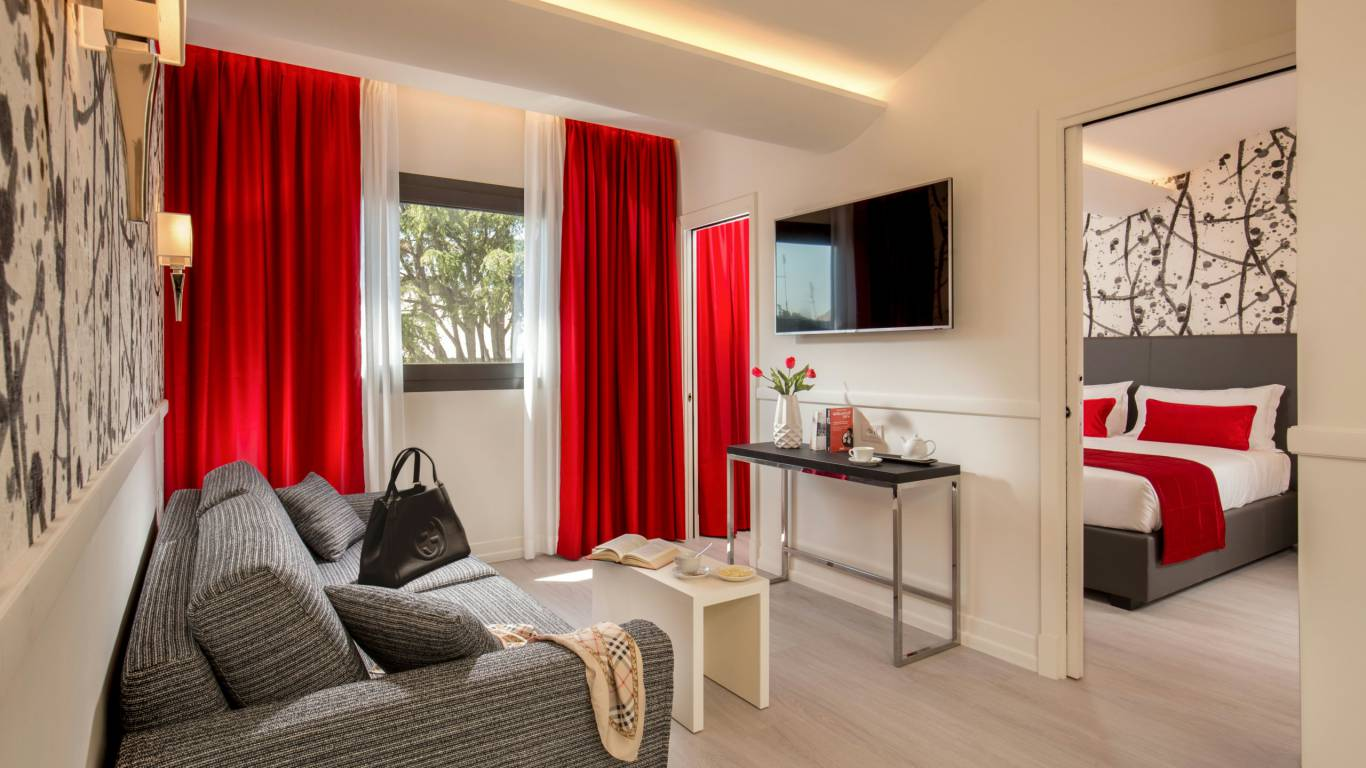 American-Palace-Hotel-Rome-double-room-IMG-9139